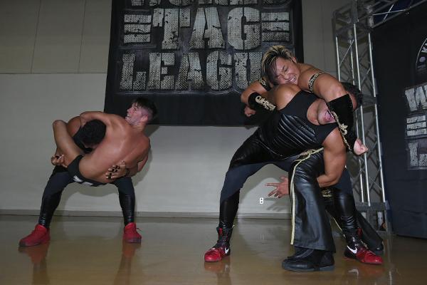 NJPW World Tag League Night Four: Ratings & Results [Guerillas of Destiny vs. Dangerous Tekkers, YOSHI-HASHI & Hirooki Goto vs. HenarACE)