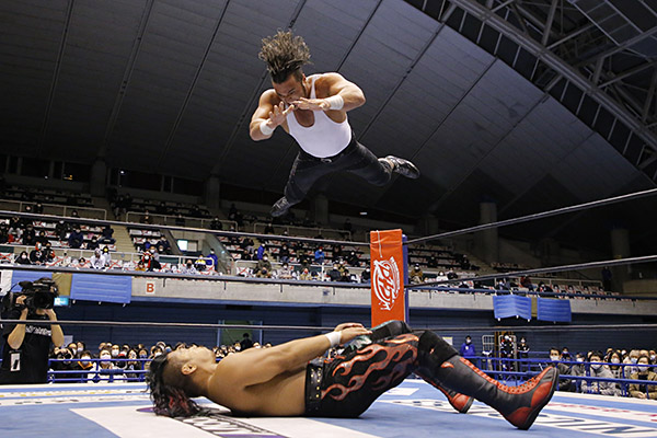 NJPW World Tag League 2020 Night Six: Results & Ratings [Hirooki Goto & YOSHI-HASHI vs. Guerrillas of Destiny, FinJuice vs. Shingo Takagi & SANADA]