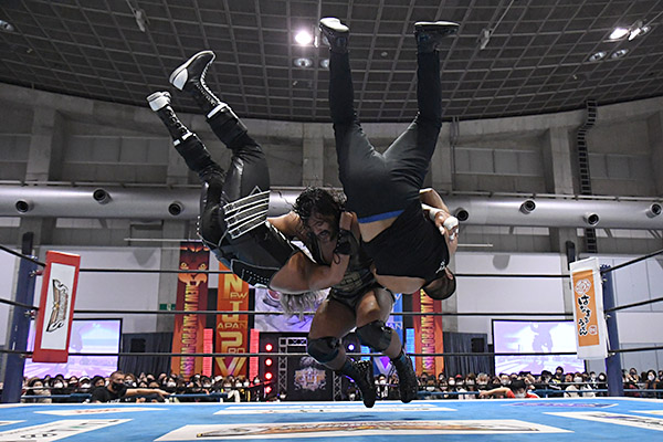 NJPW New Japan Cup Night Six: Results & Ratings [Jeff Cobb & EVIL Kick Off Second Round Action]